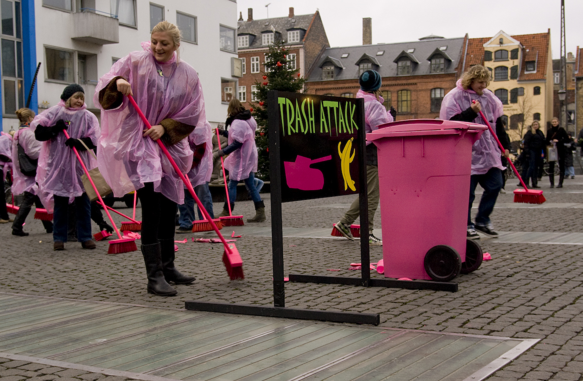 Trash attack Copenhagen pink dress cleaning